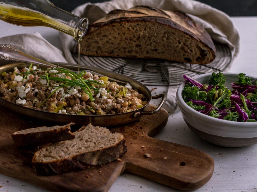 Läcker lammfärsröra med härligt mustigt brunt bröd.
